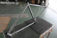 自転車フレーム(SURLY)キャンディーレッド塗装