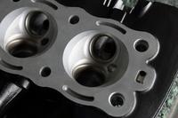 エンジン シリンダーヘッド ウエットブラスト セラコート 塗装
